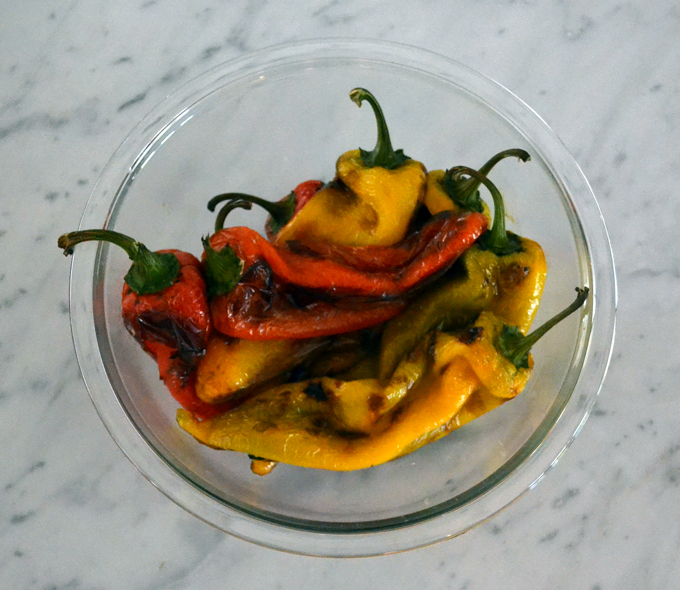 Oven roasted gypsy peppers | labellasorella.com