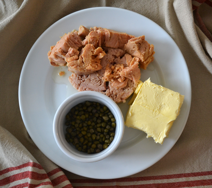 Italian tuna, high quality butter and capers | labellasorella.com