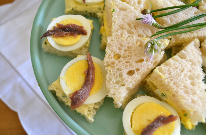 Tramezzini with Egg & Anchovy | labellasorella.com