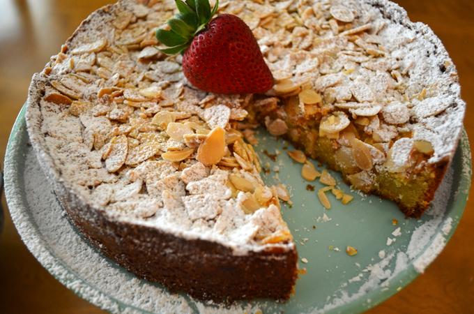 Italian Almond Cake | labellasorella.com
