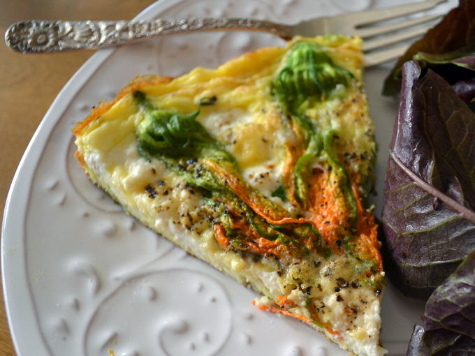 Lunch is served - Zucchini Flower & Ricotta Frittata with a salad | labellasorella.com