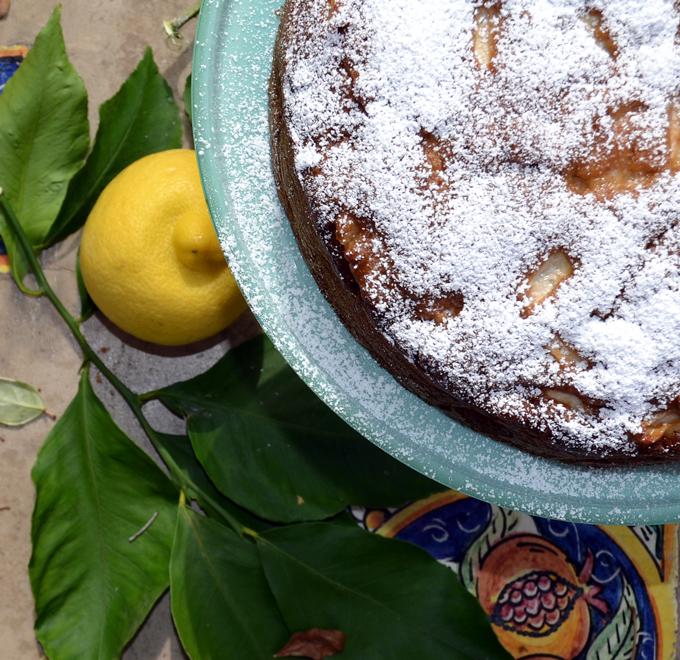 Apple & Olive Oil Cake   labellasorella.com