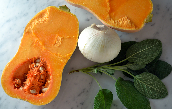 Butternut squash, white onion and sage - the essential elements | labellasorella.com