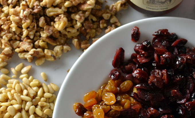 Dried fruit & nuts for the Chestnut Cake | labellasorella.com