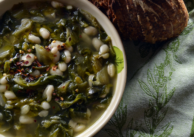 Escarole and Beans | labellasorella.com