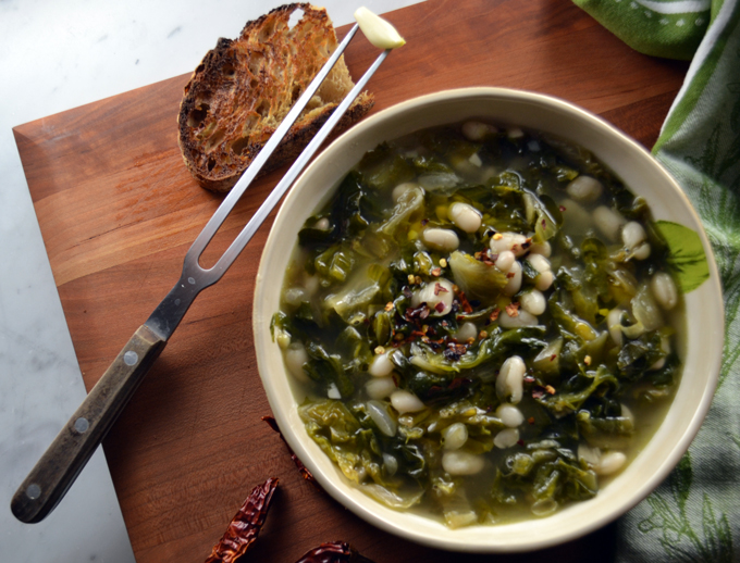 Escarole & Bean Soup with Garlic Toast and Crushed Red Pepper | labellasorella.com