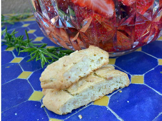 Olive Oil Biscotti Scented with Rosemary & Lemon paired with Strawberries & Prosecco | labellasorella.com