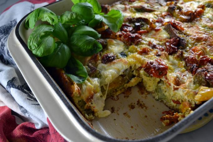 Roasted Tomato & Zucchini Strata | labellasorella.com