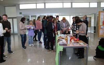 La Facultad de Economía y Empresa encendió una Navidad Solidaria