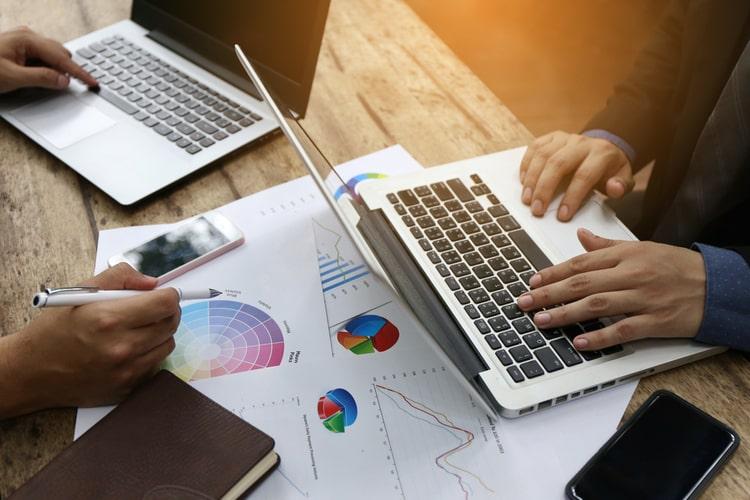Vendas e gestão de negócios: aprimore seus conhecimentos nessas duas áreas num só curso