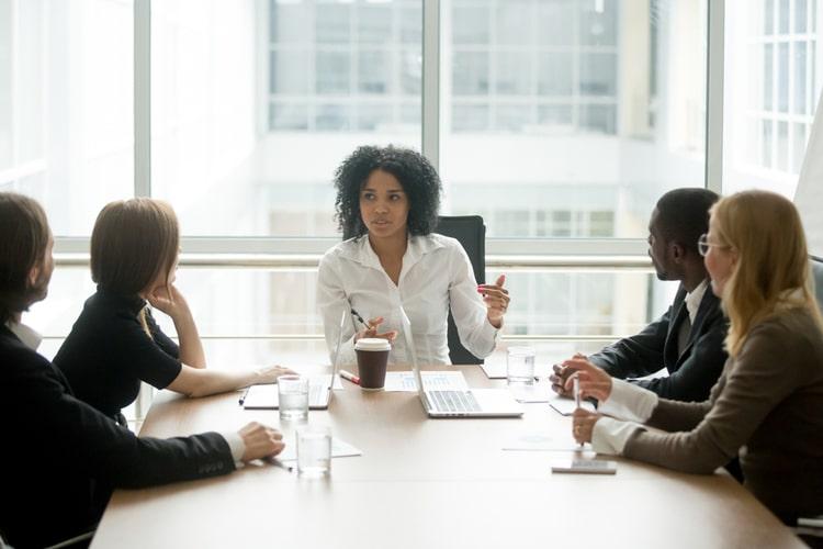 Liderança: descubra as competências gerenciais indispensáveis para líderes e gestores