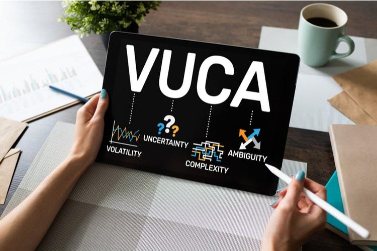 Mundo VUCA: os profissionais e negócios que melhor se adaptarem ao atual cenário serão aqueles com mais chances de destaque no mercado