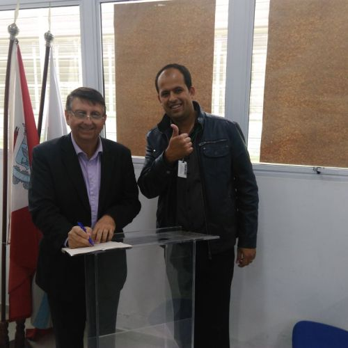 Mestre de cerimônia, MSc. Eugênio Zampini e o Diretor Adjunto Educacional do Campus Suzano, MSc. Antonio Marques.