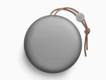 bang_olufsen_beoplay_a1_1