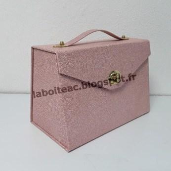 Petite boite à maquillage 63-Catherine S