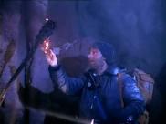 Blake dans la caverne. Image extraite de Le retour de l'incroyable Hulk.