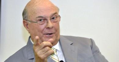 Hipólito también ve incertidumbre en el ejercicio pleno de los derechos democráticos en RD