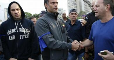 Revelan opositor Leopoldo López se asila en la embajada de Chile, huyendo de Maduro
