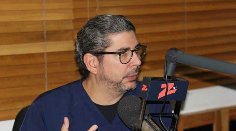 """Guerrero Heredia advierte sobre peligros de la """"generalización de la estupidez"""" en RD"""