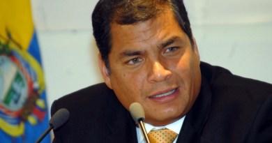 """Correa llama """"traidor"""" a Moreno por el arresto de Assange en Embajada Ecuador"""