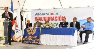 Promese/Cal inaugura farmacia del pueblo en Barrio Lindo, Santiago