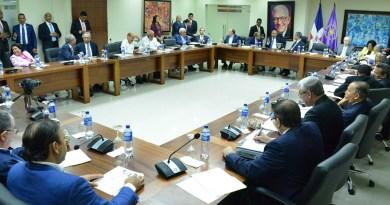 Partidos trabajan para definir plazas de alianzas y reservas