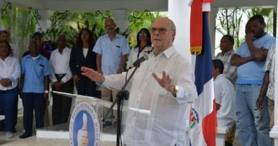Hipólito Mejía dice no es posible reforma constitucional y Carolina asegura confía en diputados PRM