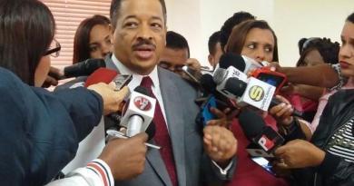 Roberto Rosario anuncia habrá sometimientos penales si inscriben a Danilo para las primarias del PLD