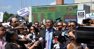 """Paredón upright"" vigilará diputados"