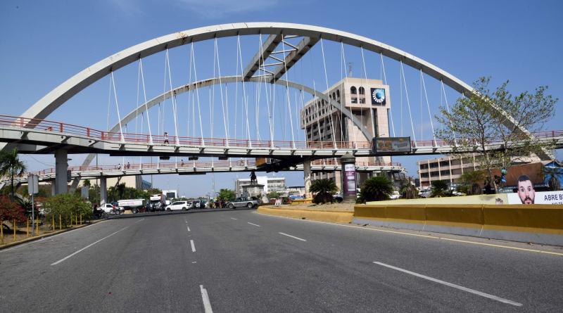 MOPC inicia este viernes rehabilitación del peatonal de Kennedy con Gómez