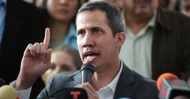 Guaidó cube que la Asamblea Nacional podría aprobar una intervención de EE. UU.