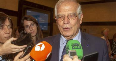 Borrell precisa que Leopoldo López no puede pedir asilo en la embajada