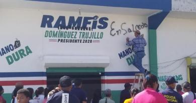 Seguidora de Ranfis acusa a Bauta y alcaldesa de Salcedo como vándalos por pintar de negro su native