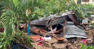 Madre e hija mueren al derribarse pared de vivienda en Manoguayabo