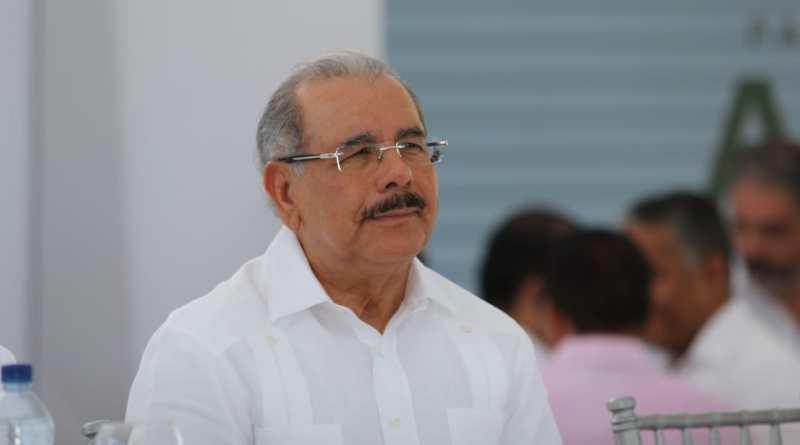 Danilo Medina lamenta incidente del que fue víctima David Ortiz