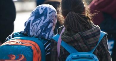 Alemania también discute prohibición del velo en escuela primaria