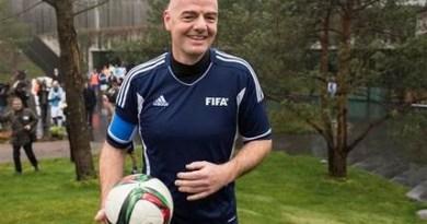 Gianni Infantino, el presidente de la FIFA en su primer día en el cargo