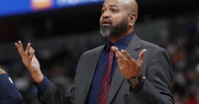 Grizzlies Memphis despiden a su entrenador, entre otros cambios
