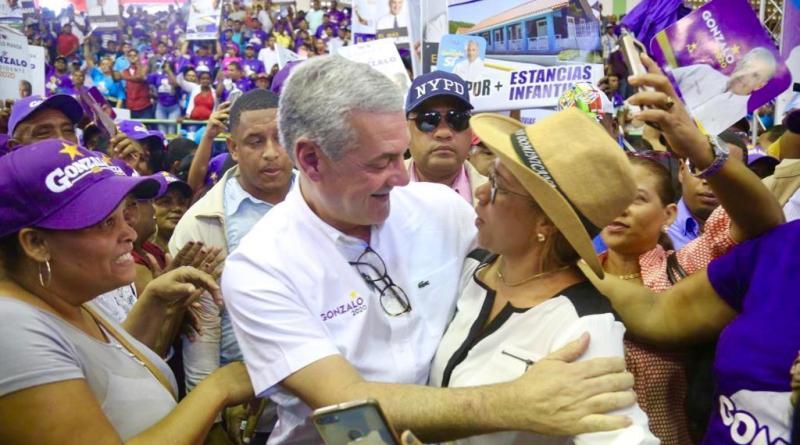 Gonzalo afirma su candidatura encabeza las encuestas entre los precandidatos danilistas