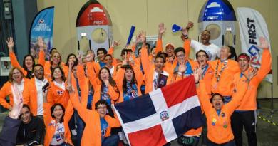 Dominicanos ganan competencia internacional de robótica
