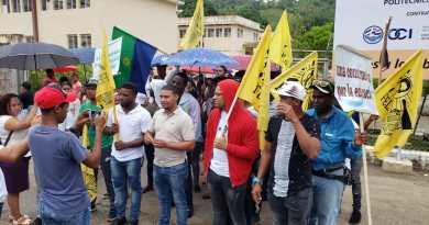 Estudiantes marchan por construcción de un centro UASD en Samaná