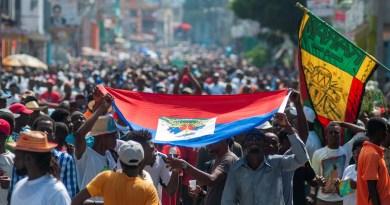 Médicos y trabajadores de la salud haitianos exigen la renuncia de Moise