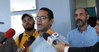 Jhonatan Liriano cuestiona uso de policías como seguridad de empresas y funcionarios
