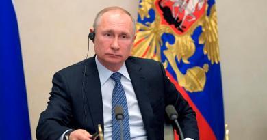 Putin ordena la vuelta al trabajo aunque Rusia superó en casos a Italia