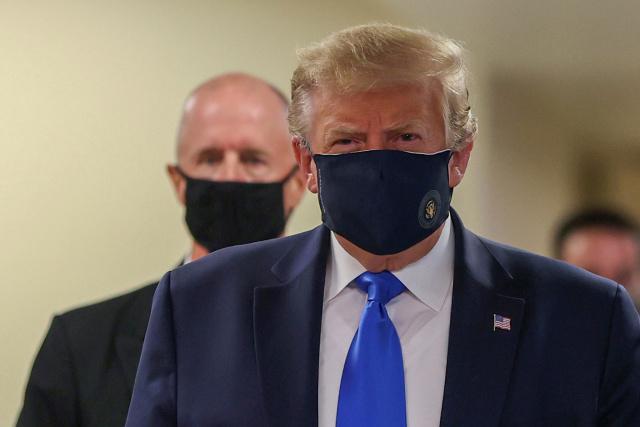 Trump usó mascarilla por primera vez desde que inició pandemia del coronavirus