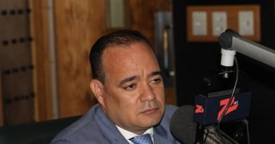 Surun Hernández renuncia al PLD alegando maltrato y persecución