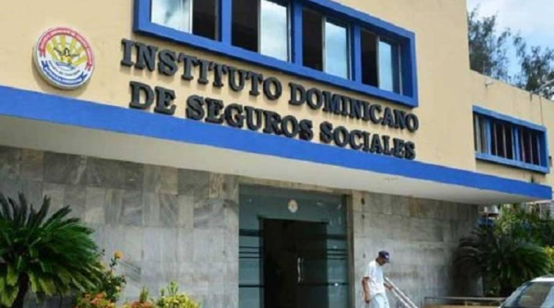 Cancelaciones sorprenden a empleados del antiguo IDSS que esperaban ser reincorporados