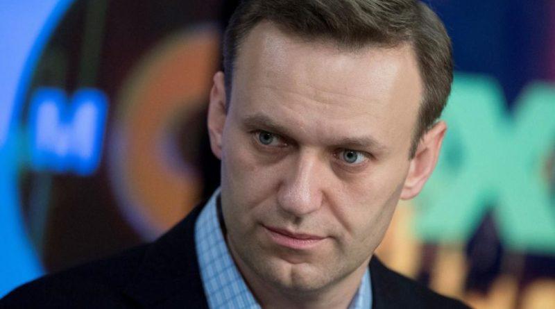 Un científico vinculado con la creación del Novichok se disculpa ante Navalni