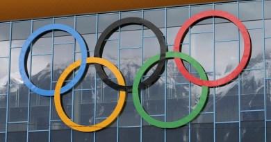 """Los JJ. OO. de Tokio en 2021 probarán que """"se ha vencido al virus"""", según Suga"""