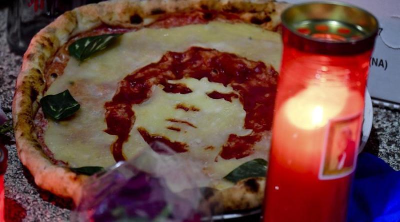Pasta, pizzas y chocolates: así podía pagar el Nápoles a Maradona